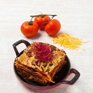 Lasagne med bechamelsovs og oksekød